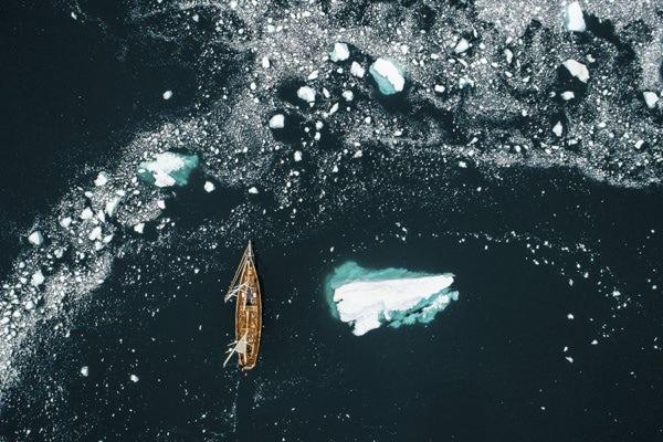 Photo navigation en eau glacee ledoux