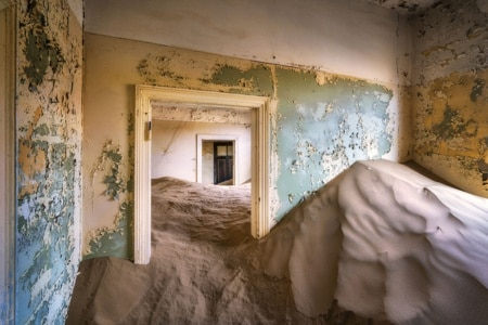 PHOTO le salon abandonné Patrick Galibert