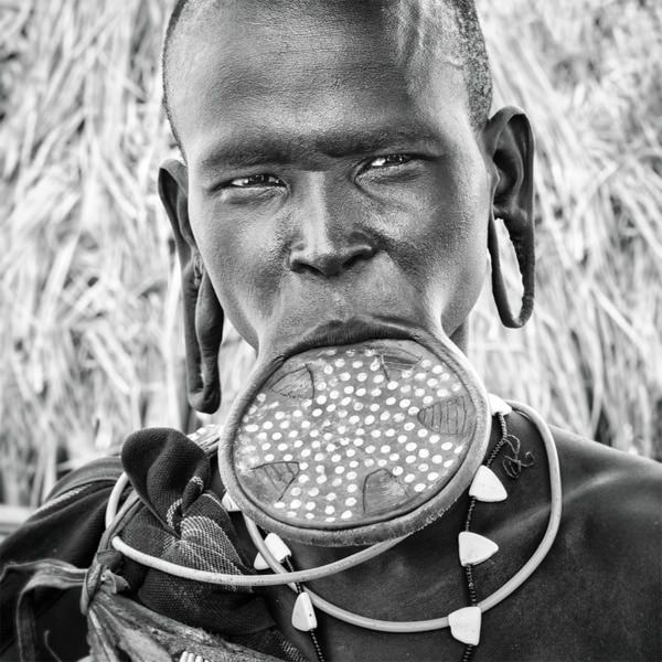 Photo Ethiopie la femme plateau ©P