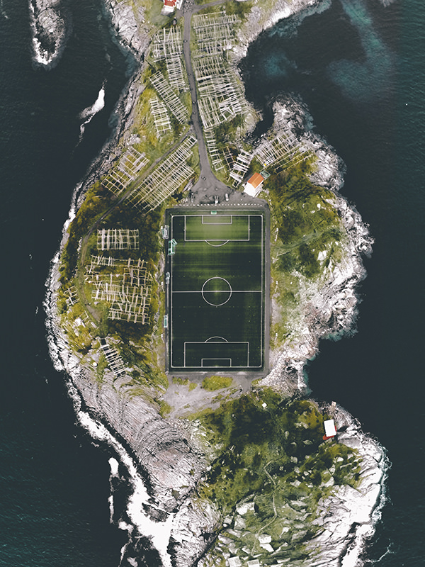 metayer-henningsvaer-stadium