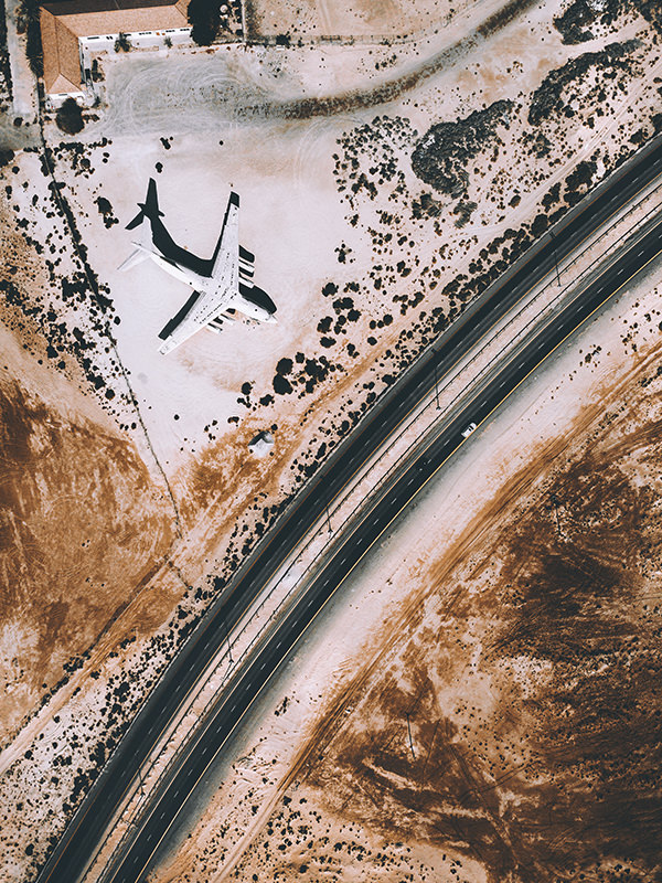 metayer-last-flight-to-dubai