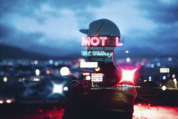 Photo-midnight-Motel-chester-wade-3-2-120-180